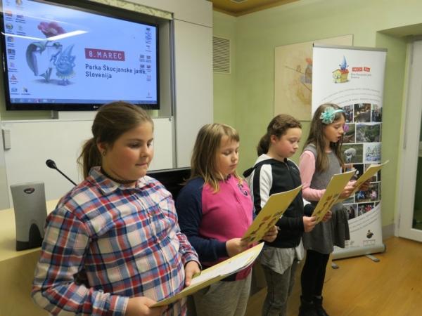 Učenci PŠ Vreme (foto: Laura Novak)