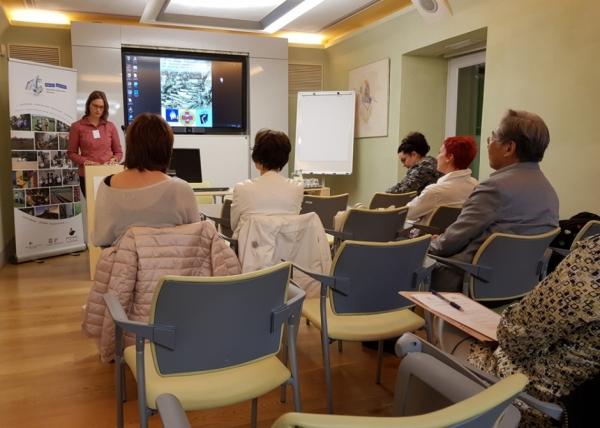 Dr. Rosana Cerkvenik med uvodnim nagovorom (foto: Darja Kranjc)