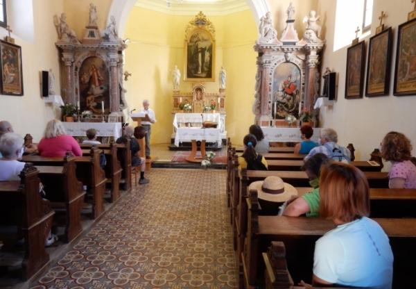 Cerkev sv. Antona Puščavnika Divača (foto: Darja Kranjc)