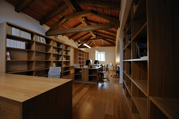 Library with reading-room and archives